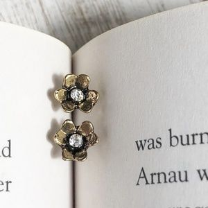 NEW 3 FOR 35 ANTIQUE GOLD FLOWER STUDS